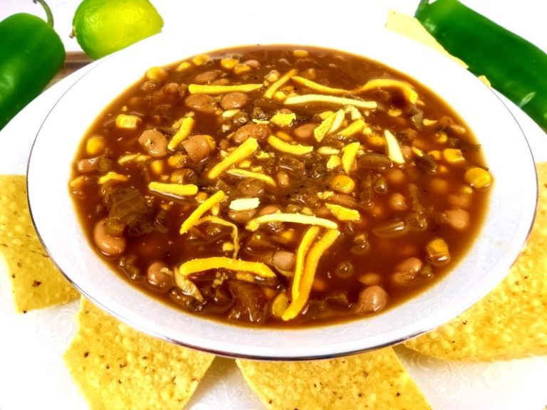 Green Zone Fitness White Bean & Corn Chili
